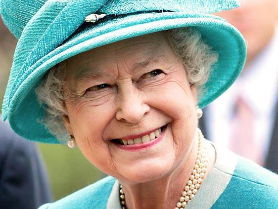 У английской королевы два дня рождения