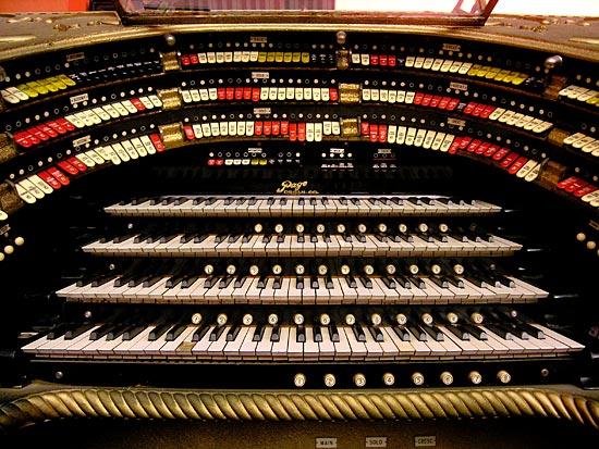 Органная композиция «Organ2/ASLSP As Slow as Possible» («Медленно, насколько возможно») исполняется 639 лет и завершится в 2640-ом году