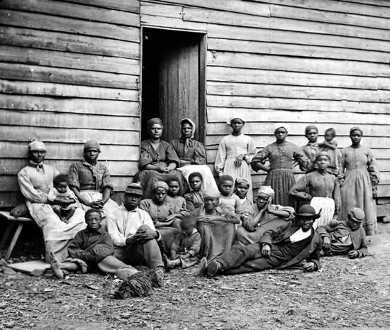 slavery in the us Slavery in the united states was the legal institution of human chattel enslavement, primarily of africans and african americans, that existed in the.