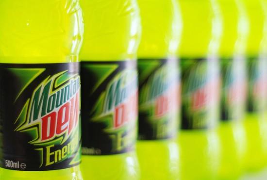 По утверждению Pepsi Co., её напиток способен растворить мышь до желеобразного состояния