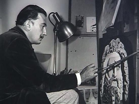 Дали пользовался особым методом для написания своих сюрреалистических картин. Узнайте, каким!