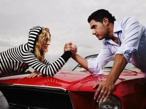 Большинство мужчин не отказались бы вступить в интимные отношения с женщиной-другом