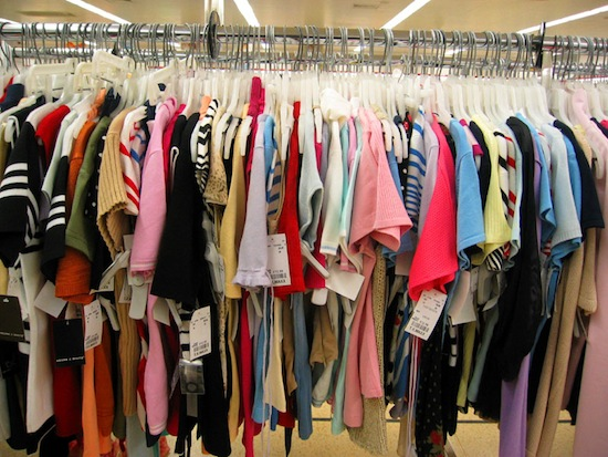 Производители постепенно увеличивают одежду, не меняя размер
