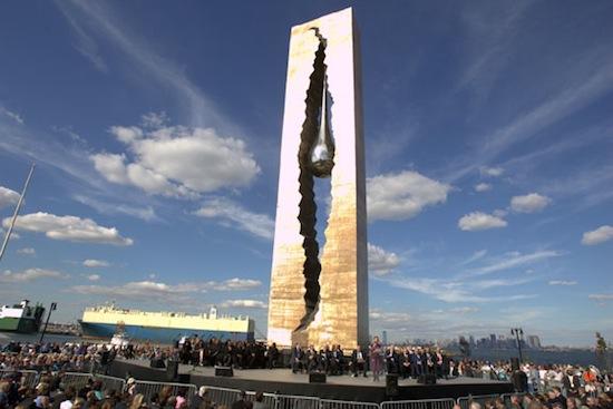 В Нью-Джерси (США) есть памятник работы Зураба Церетели