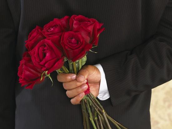 День Влюблённых — особый праздник, когда принято дарить цветы