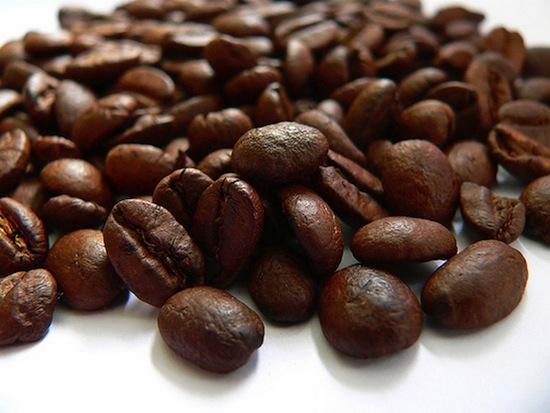 Безопасная доза кофеина — 400 миллиграмм в день