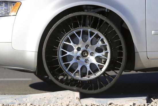 Существуют безвоздушные шины, и они намного эффективнее обычных