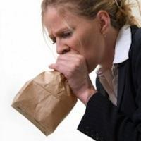 Узнайте, зачем нужно дышать в бумажный пакет при гипервентиляции