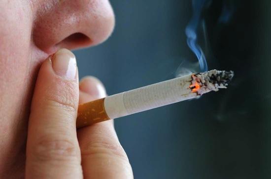 С помощью парадокса Симпсона можно доказать, что курение полезно для здоровья