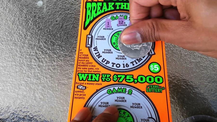Профессор математики, специализирующаяся на статистике, четырежды выигрывала миллионы в лотерею
