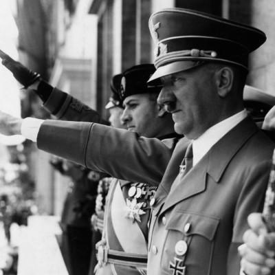 Гитлер изобрел секс куклу