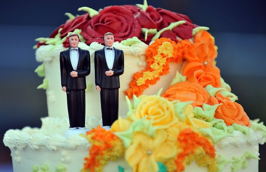 До 13 века католические церкви заключали браки между мужчинами