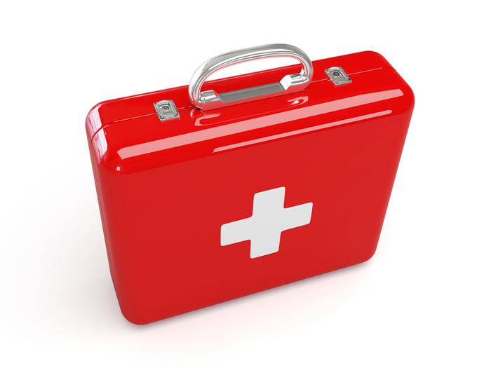Не сушите рану — чтобы порез зажил быстрее, следует закрыть его повязкой и сохранять влажность
