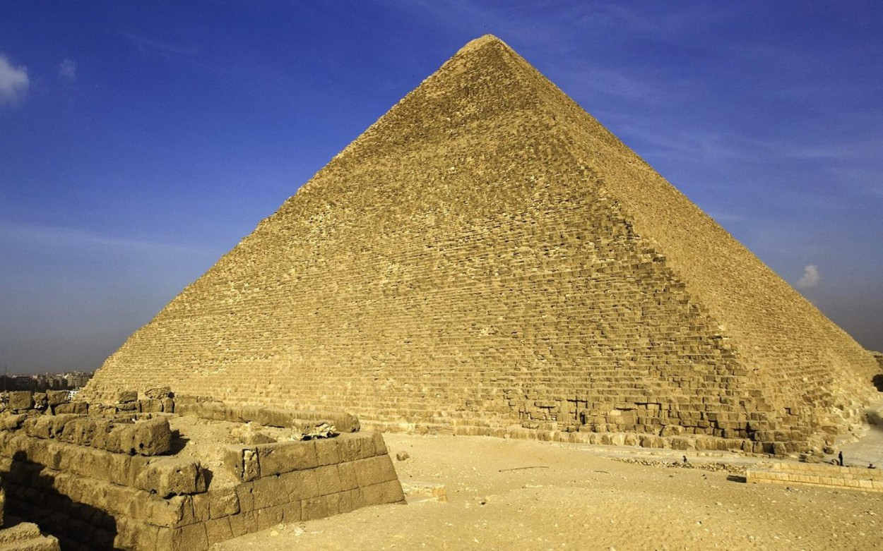 the great pyramid of egypt This video is uploaded by the egyptian tourism authority subscribe to our youtube channel & follow our social media accounts to discover the real egypt from.