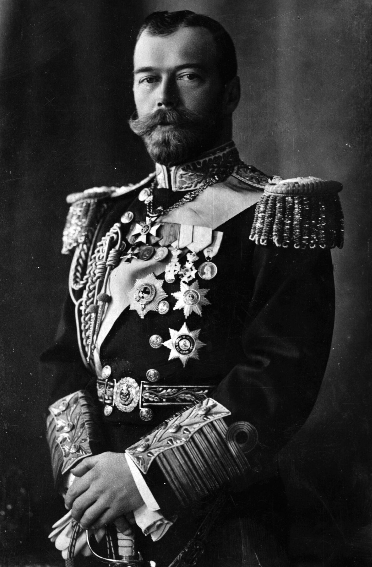 the role of tzar nicholas in the downfall of the russian empire Start studying ch 27-wwi learn vocabulary russian agrarian socialist who led russia after the fall of nicholas ii, the last czar.