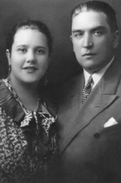 Наталья Петровна Кончаловская с первым мужем Алексеем Богдановым