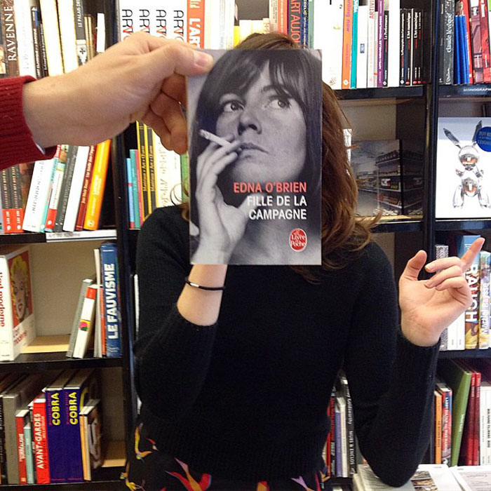 Вот что бывает, когда продавцам книжного магазина очень скучно