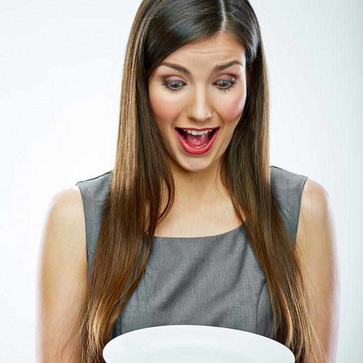 У моей сестры в детстве была собственная именная тарелка…