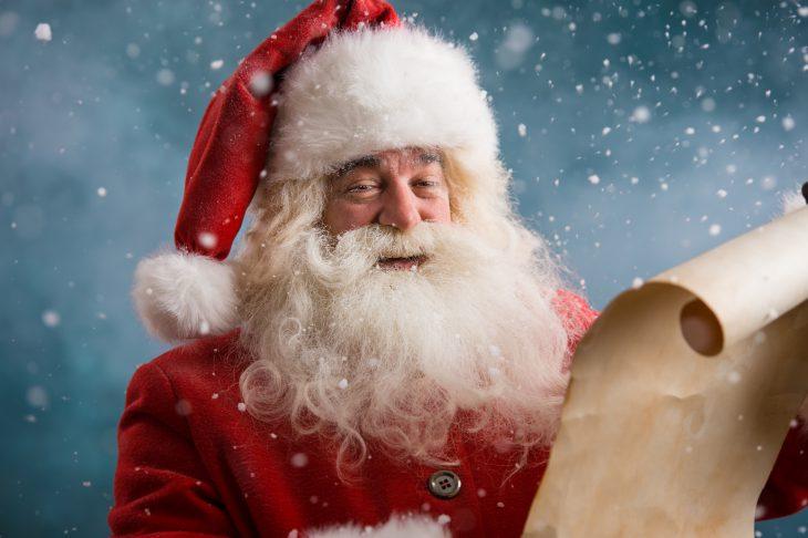 История о продажном Дедушке морозе и беспощадной детской наивности