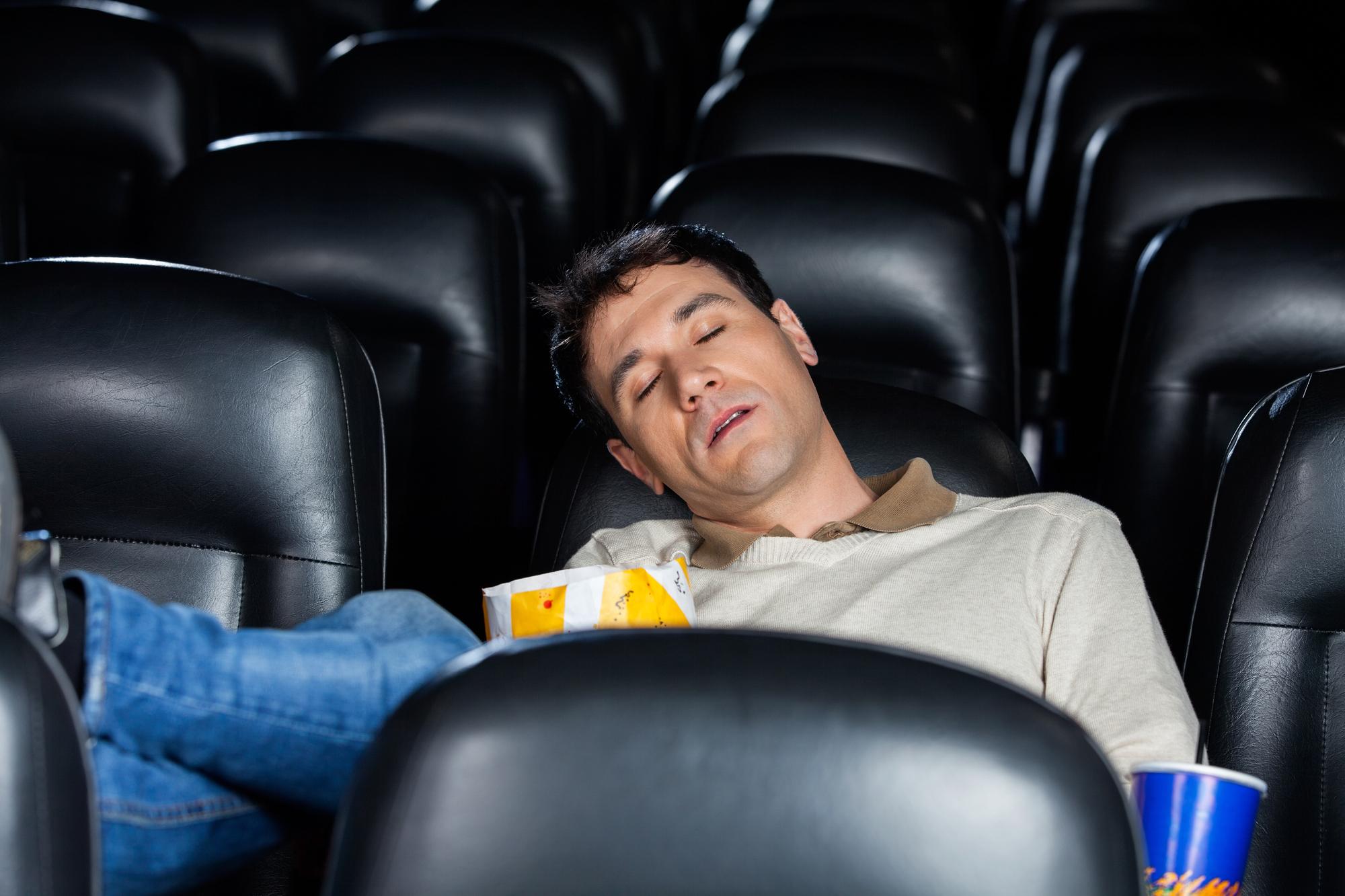 хохлатая спящие в кино фото бывают разные размеру
