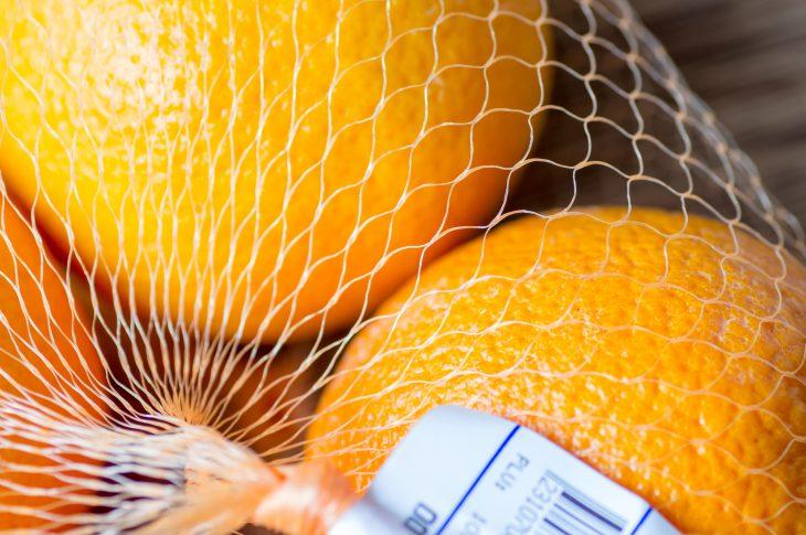 Как я проучил сотрудников магазина, в котором мне гнилые апельсины втюхали