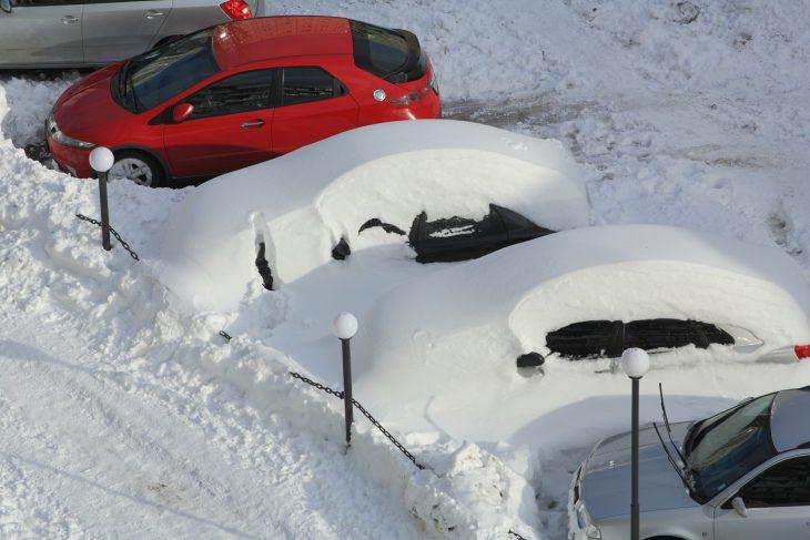 Унас ссоседом одинаковые машины, поэтому иногда мыпутаемся…