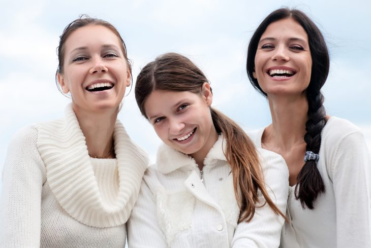 Отсудьбы неубежишь, или как три сестры повстречали женихов