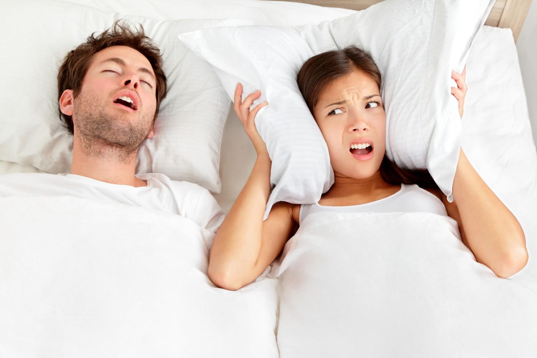 Эти нарушения приводят к тому, что элементы быстрой и медленной фаз сна пересекаются, вызывая специфические расстройства: приступы страха, сомнамбулизм, сонный паралич и другие.