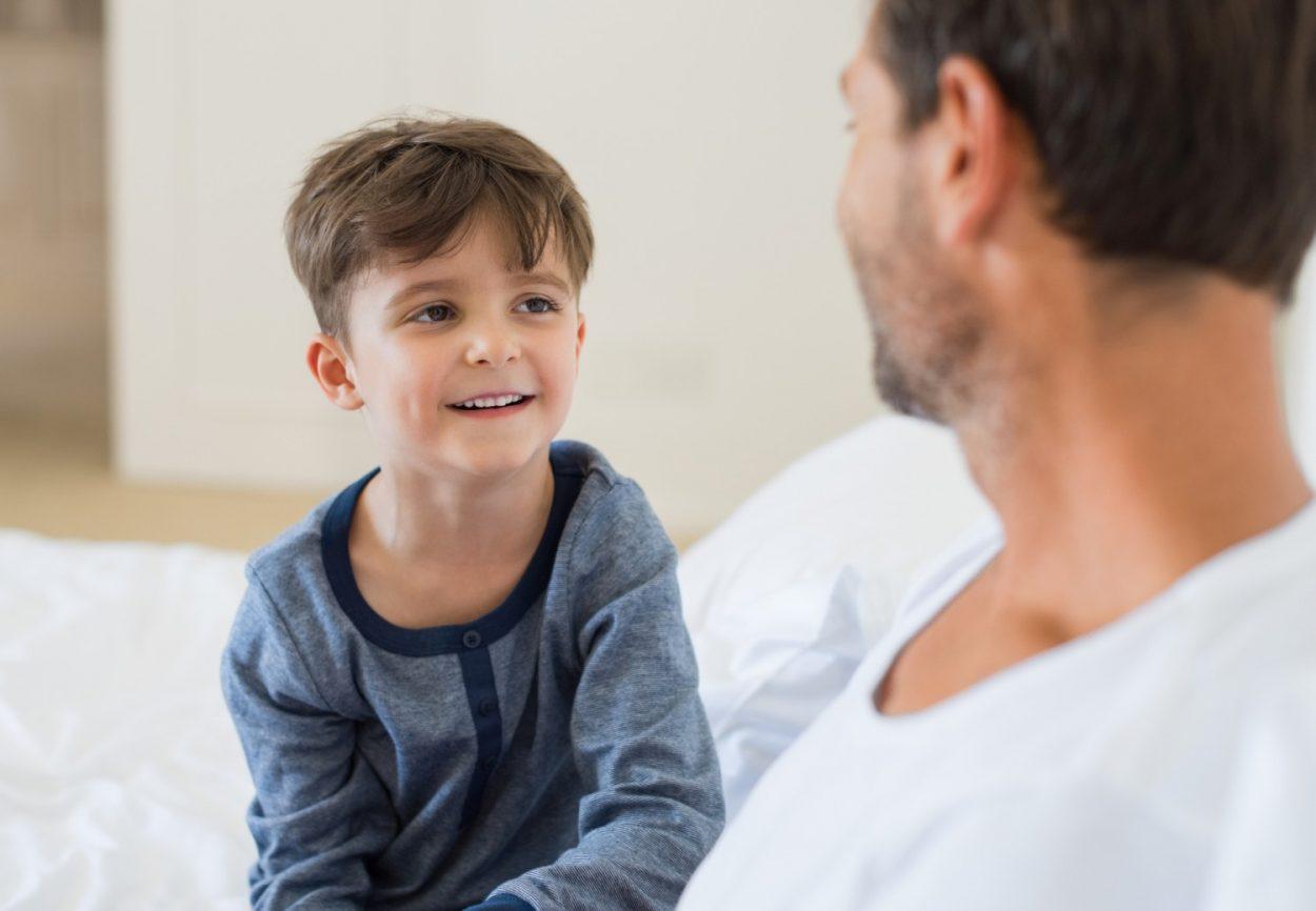 Картинки папа и сын разговаривают