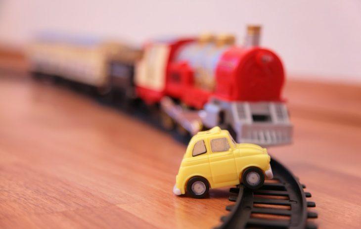 Игрушка, где всё точь в точь как в настоящем поезде