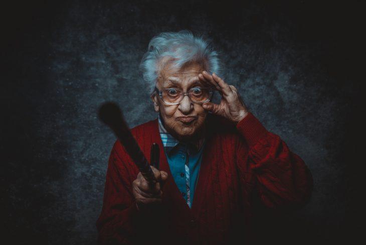 Бабуля спекулянтка