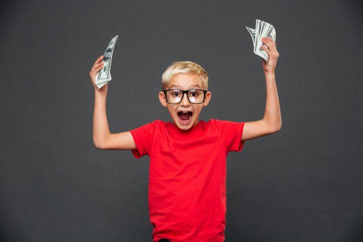Юный предприниматель— гордость отца!