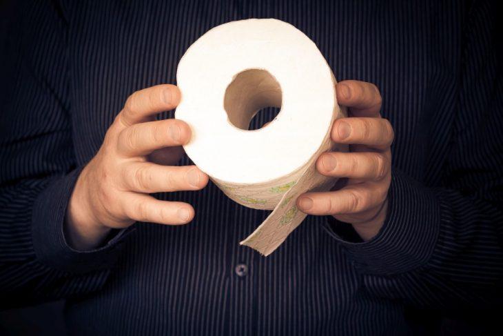 Юбилейный рулон туалетной бумаги