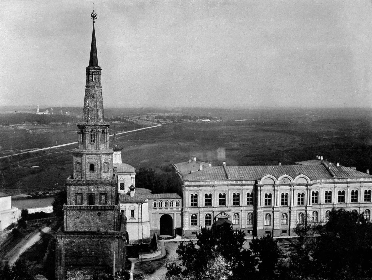 Башня Сююмбике — Казань