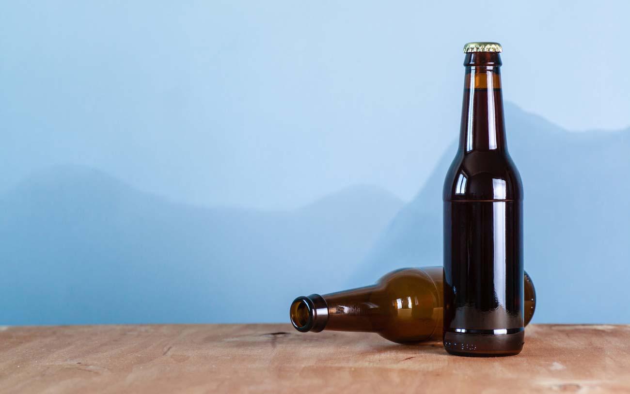Откуда пошла традиция не ставить пустые бутылки на стол?: sahoganin —  LiveJournal