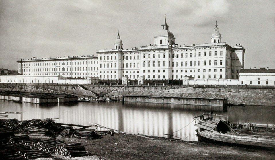 Воспитательный дом вМоскве