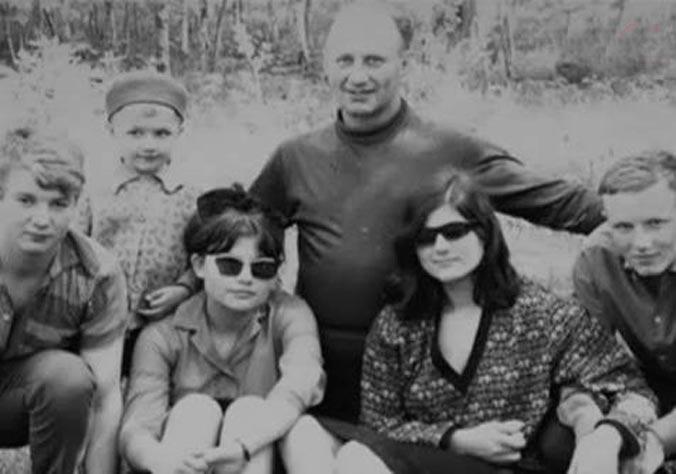 Борис Венгровер и его семья