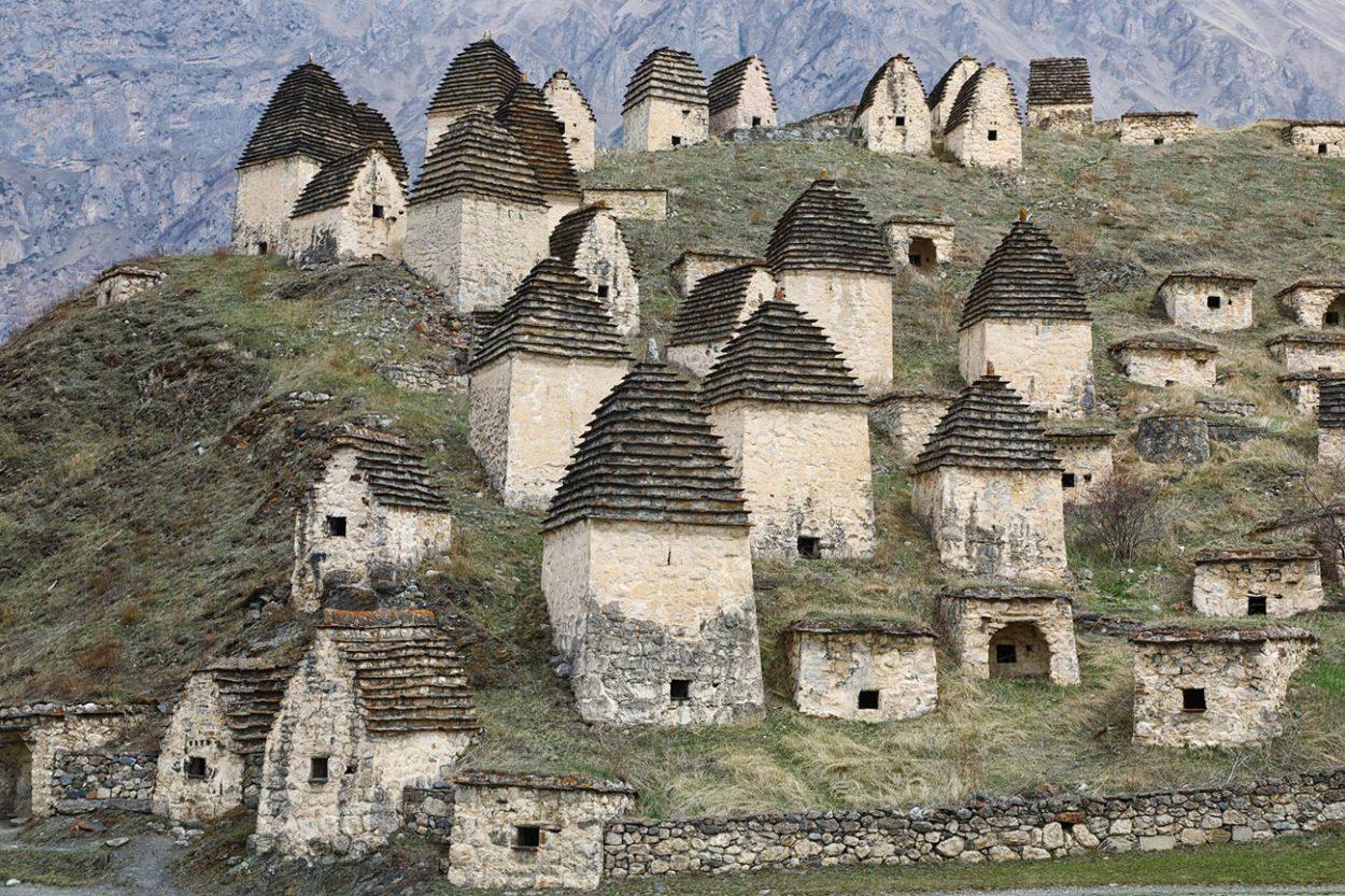 «Город мёртвых» в Северной Осетии