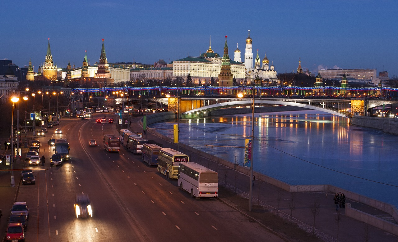 За что впровинциальной России нелюбят москвичей?