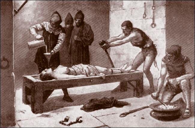 Пытки ведьм
