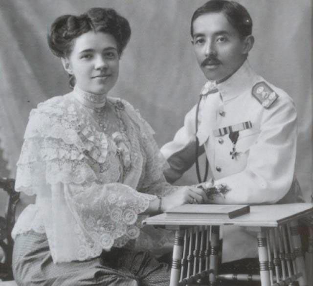 Катя Десницкая и принц Сиама