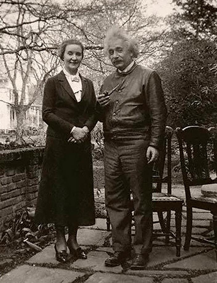 Альберт Эйнштейн и Маргарита Конёнкова