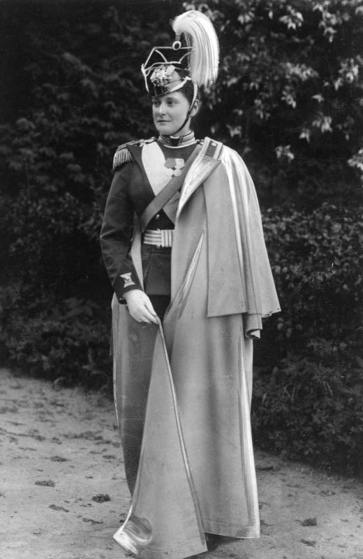 Императрица Александра Фёдоровна в мундире Лейб-гвардии Уланского полка Её Величества
