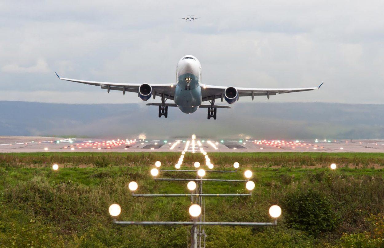 Взлёт самолёта