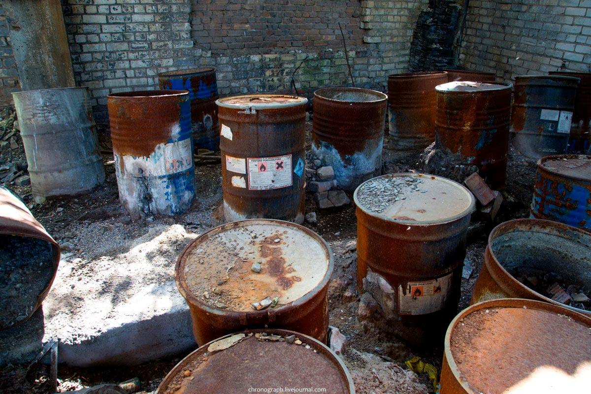 Фосфорсодержащие отходы на территории заброшенного завода