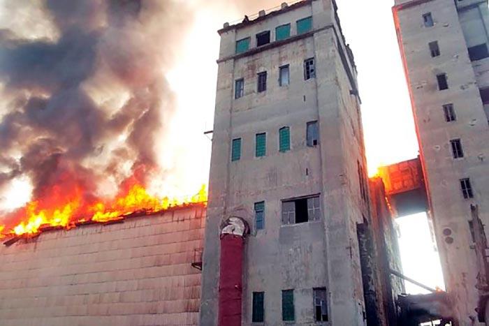 Пожар на Томыловском элеваторе