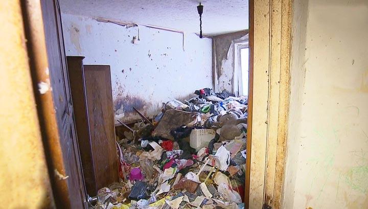 Квартира заваленная мусором