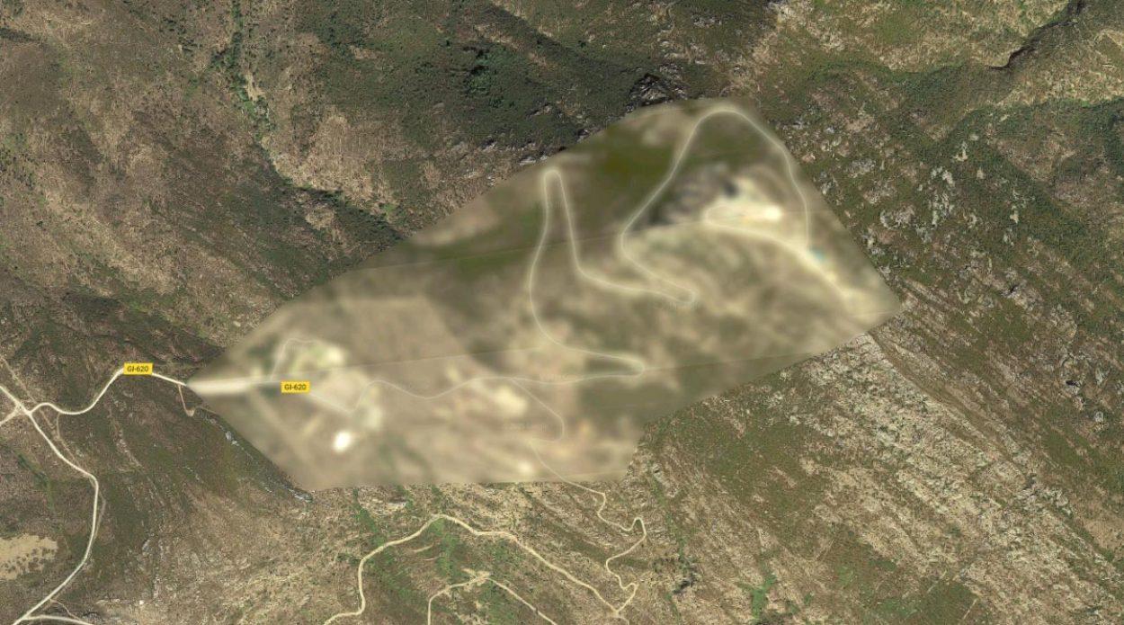 Засекреченная область на gogle карах в Испании. Координаты: 42.280147, 3.237134