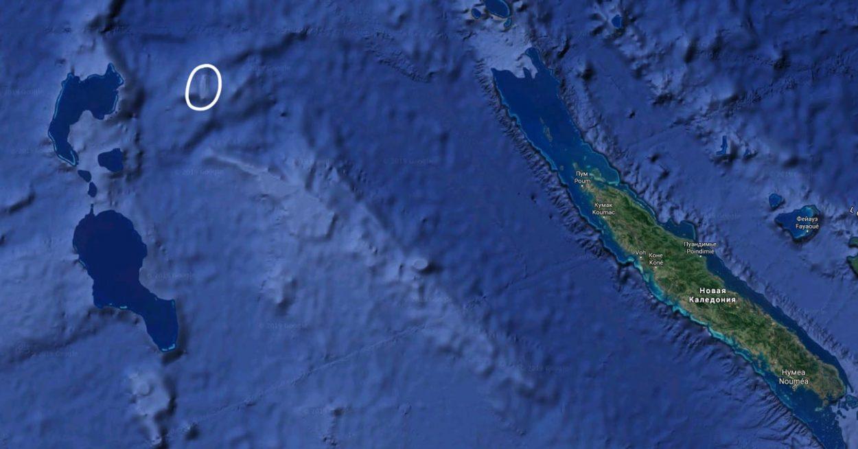 Пропавший остров Сэнди на google картах. Координаты: -19.231761, 159.927334