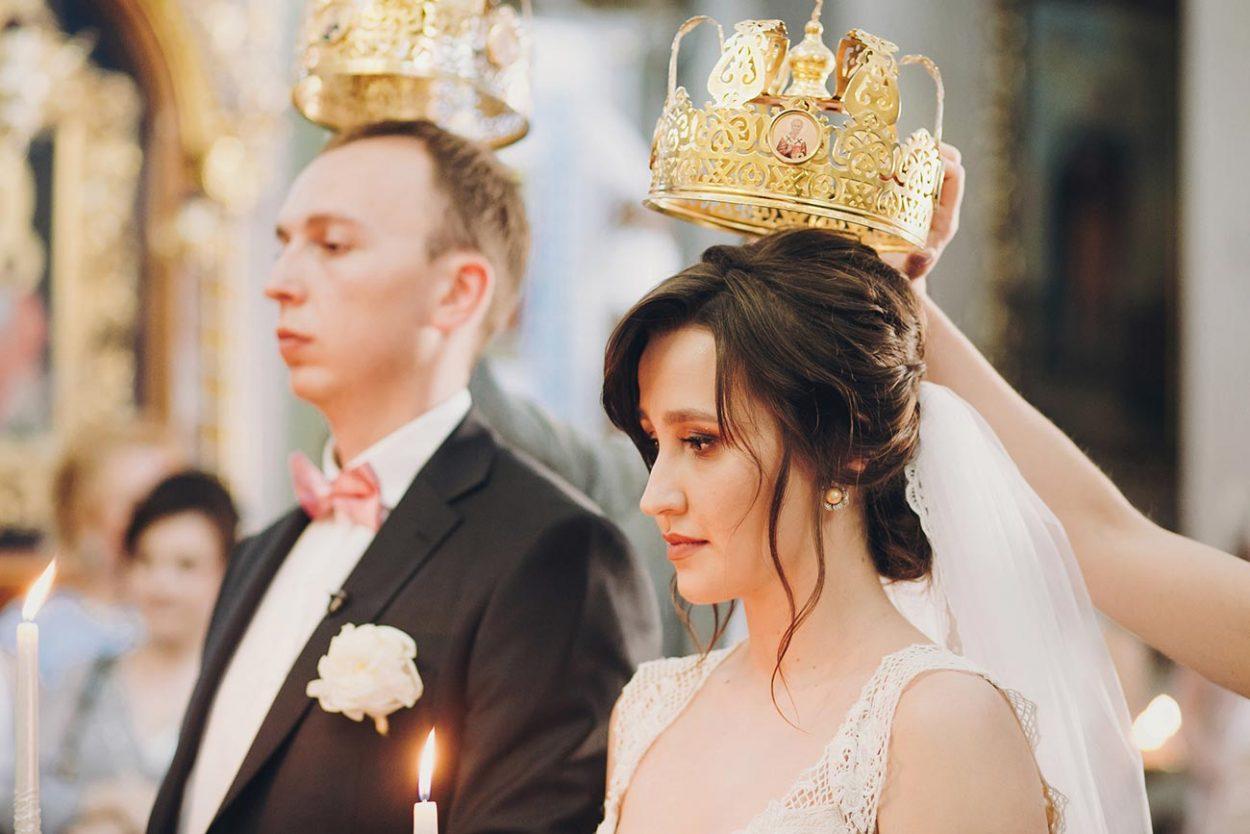 Церемония венчание в церкви